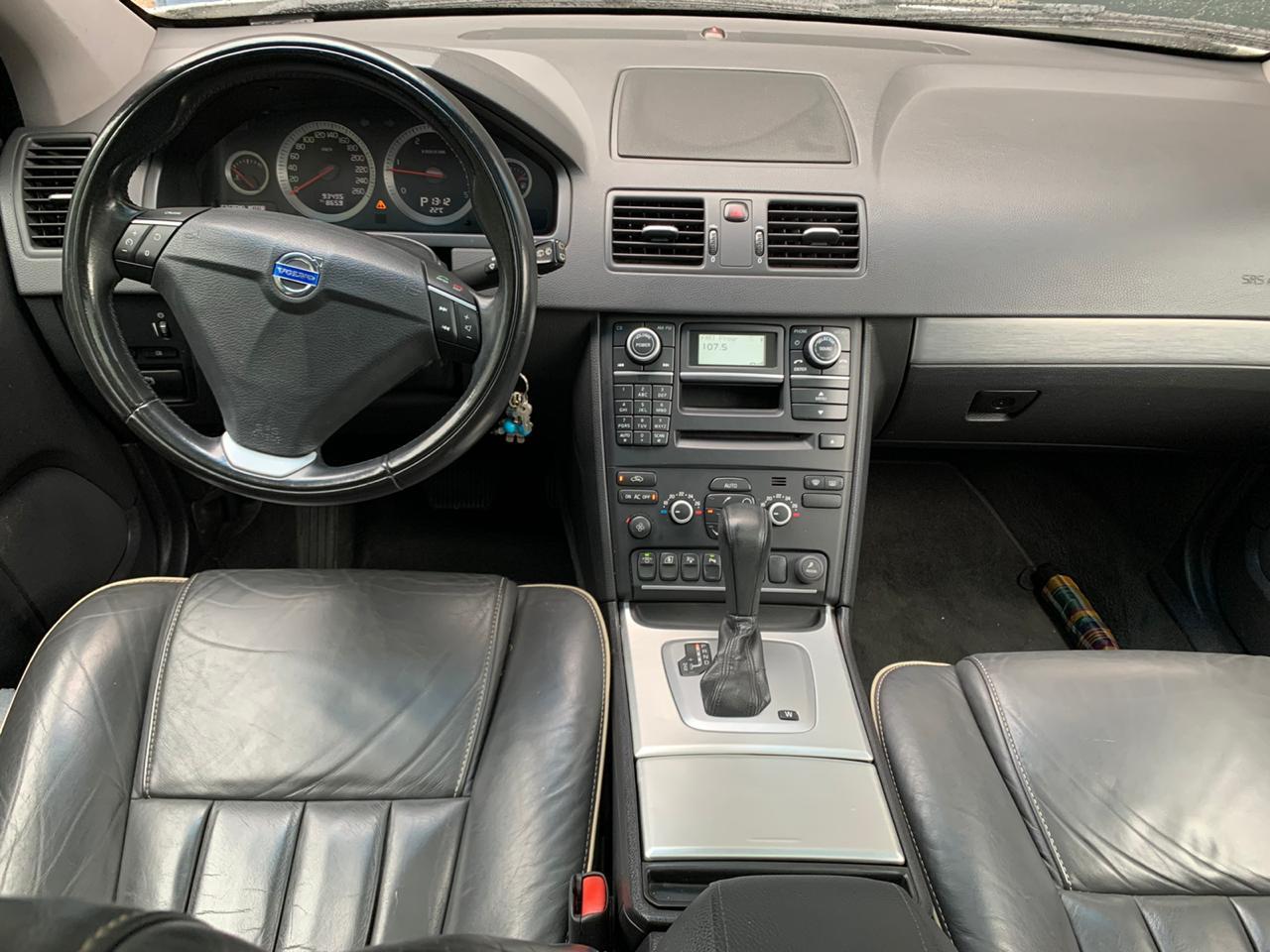 Volvo XC90-D5